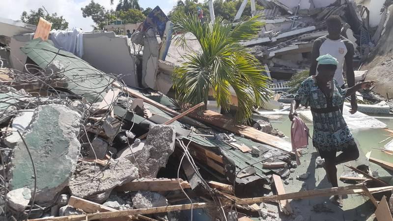 Haiti: Više od 1400 mrtvih u potresu, spasioci očekuju pod ruševinama još velik broj ljudi