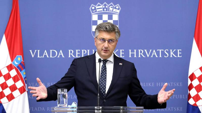 Plenković: 'Nikome nećemo davati bombone da se cijepi!'