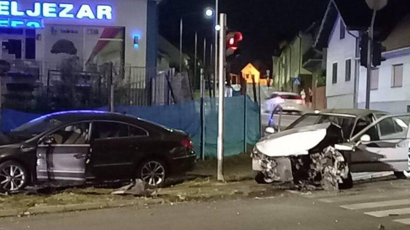 Sudar dva auta u Našicama