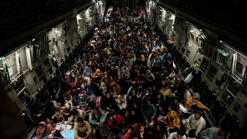 Troje poginulih u zračnoj luci u Kabulu u bijegu od talibana
