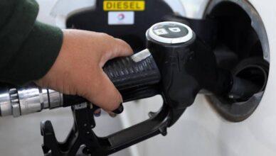 Kupujući skupo gorivo plaćamo direktore gubitaša koji primaju veće plaće i od premijera